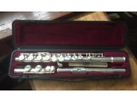STUDENT FLUTE FOR SALE - YAMAHA 211S VG CONDITION incl CASE