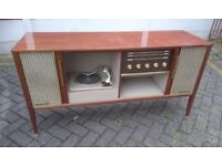 VINTAGE FERGUSON RADIOGRAM MODEL 3314 CIRCA 1964