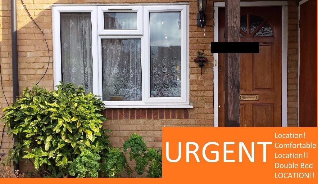 Newly refurbished! Half a Home, Double Bedroom, No Fee's, 5 mins to station