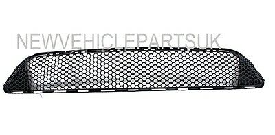 MERCEDES C-CLASS AMG SPORT W204 2007-2011 FRONT BUMPER GRILLE LOWER NEW