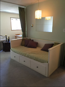 Room and 0.5 Bath for Sublet -- Available May15-Aug31