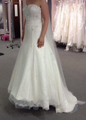 Brautkleid Hochzeitskleid bodenlang Ivory Korsage Gr. 38 schulterfrei trägerlos