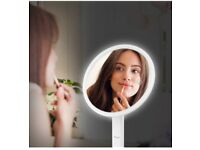 Magnifying Makeup Mirror with 7X Magnification and LED Lights