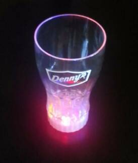 Light-up drinking tumbler - brand new (great party trick)