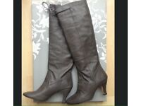 Repetto real leather boots size 4