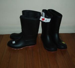 Youth Rubber Boots size 4, 5 & 7 / Winter Boots size 6 , New