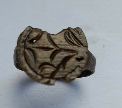 LATE MEDIEVAL BROKEN EUROPEAN BRONZE RING WITH LINES 1400-1500 AD