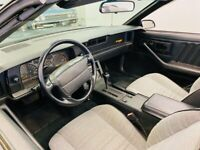 Miniature 19 Voiture Américaine d'occasion Chevrolet Camaro 1992
