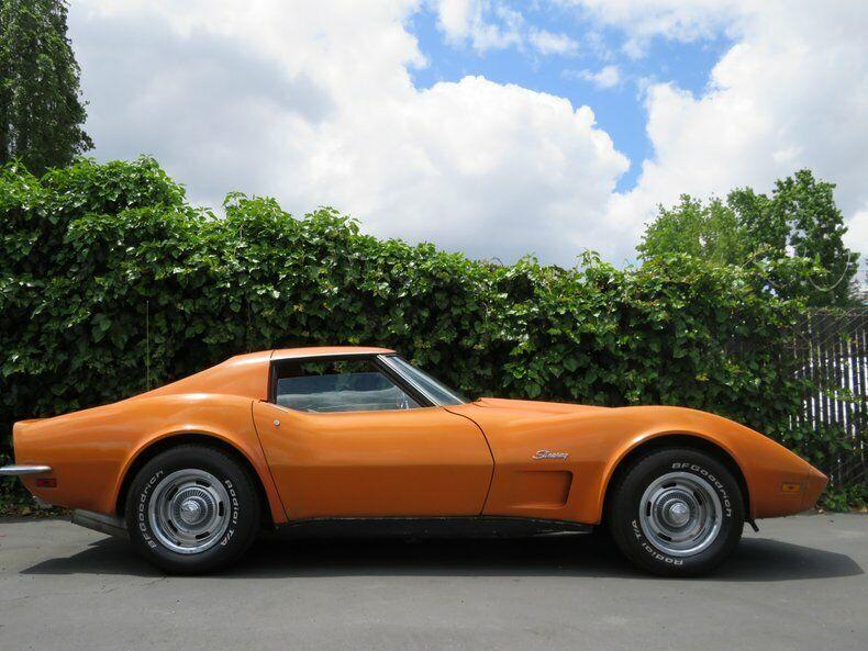 1973 Orange Chevrolet Corvette   | C3 Corvette Photo 4