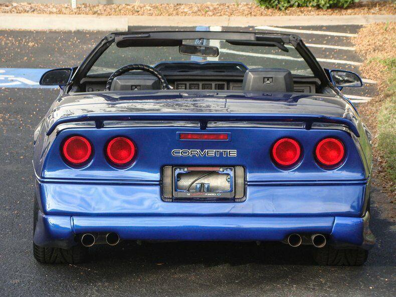 1987 Blue Chevrolet Corvette Convertible    C4 Corvette Photo 10