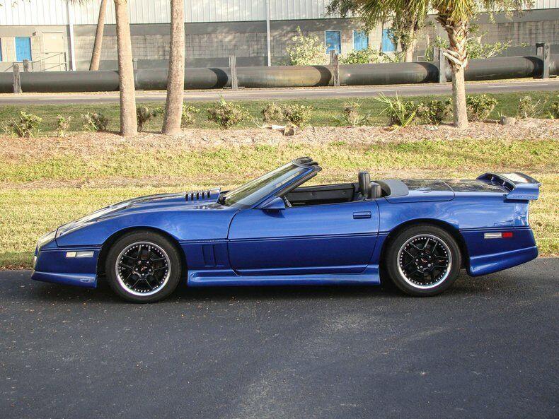 1987 Blue Chevrolet Corvette Convertible    C4 Corvette Photo 7