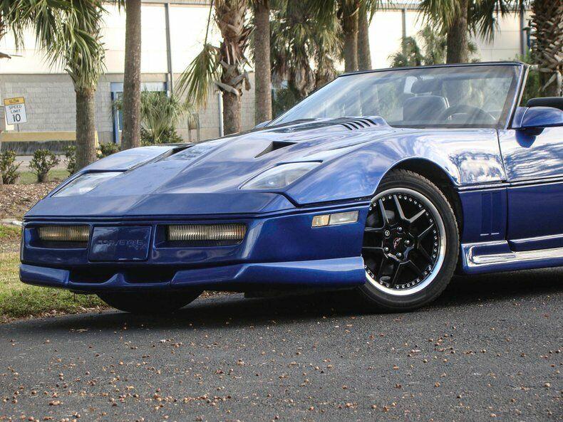 1987 Blue Chevrolet Corvette Convertible    C4 Corvette Photo 4