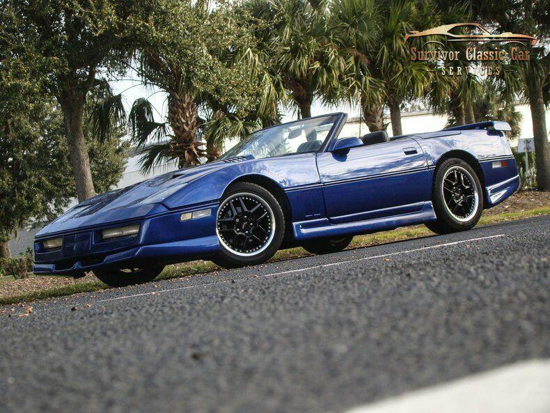 1987 Blue Chevrolet Corvette Convertible    C4 Corvette Photo 1