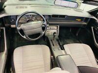 Miniature 7 Voiture Américaine d'occasion Chevrolet Camaro 1992
