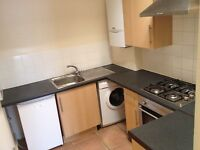 1/2 DOUBLE BEDROOM FLAT, FULLY FURNISHED, CLOSE TO BUS, TURNPIKE LANE AND MANOR HOUSE STATION, N8.