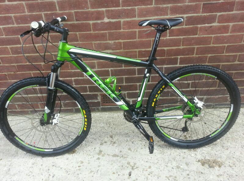 Trek 6300 Mountain Bike 2012 With Alpha Gold Aluminium 18