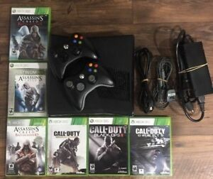 Xbox 360 Slim 500 GB With Two Wireless Controllers & 6 games