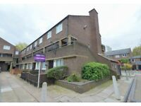 *LARGE 2 BEDROOM GROUND FLOOR FLAT WITH PRIVATE GARDEN AVAILABLE IN BOW E3! AVAILABLE NOW!
