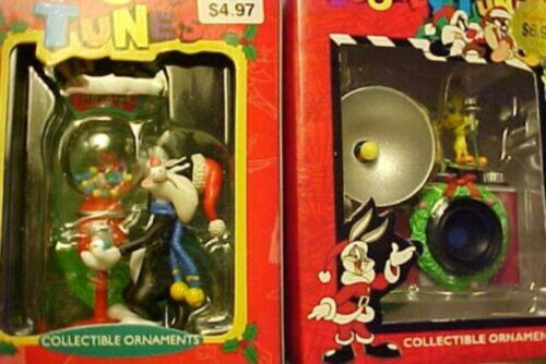 LOONEY TUNES ORNAMENTS Warner Bros. Tweety camera Sylvester with gumballs