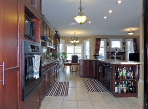 LACKNER WOODS-ALL BRICK BUNGALOW READY TO MOVE-IN Kitchener / Waterloo Kitchener Area image 7