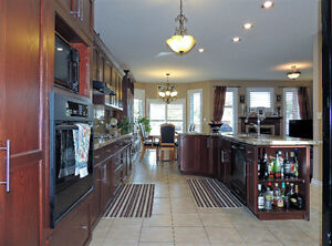 LACKNER WOODS-ALL BRICK BUNGALOW READY TO MOVE-IN Cambridge Kitchener Area image 6