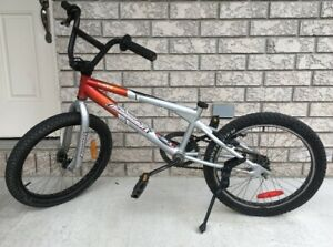 Boys Dimondback Viper BMX Bike