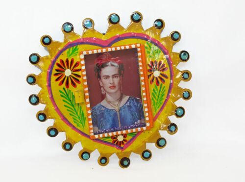FRIDA KAHLO Tin Nicho Frame, Yellow Heart, 6.5-inch, Handcrafted in Mexico