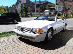 1992 Mercedes SL500 in show room condition