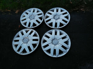 17 inch Toyota Sienna Hubcaps - Wheel Covers Set of Four Kitchener / Waterloo Kitchener Area image 1