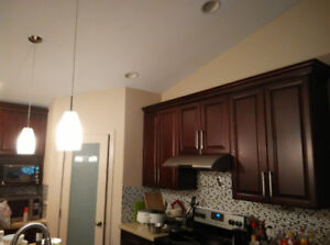 Three very new bedrooms, utilities inc, very close to the U of M