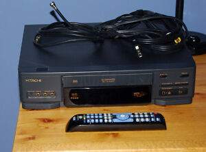 Hitachi Hi-Fi Stereo VCR Vhs player and recorder Excellent condi