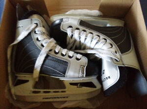 Very New skate shoes Size 2