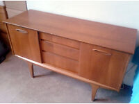 Vintage Sideboard 1950 / 60s > Retro Storage !!