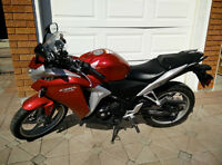 Honda CBR 250 w ABS Low KM, Good Price