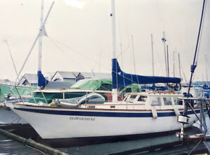 35' Endurance with Major Refit