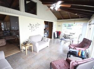 Lakefront Cottage near Point Peele for rent London Ontario image 4