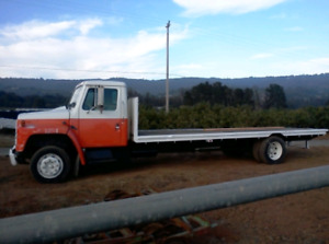 ISO land to build a tiny house truck