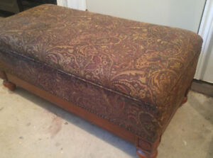 Moving- Beautiful Large Storage Ottoman or footstool for Sale