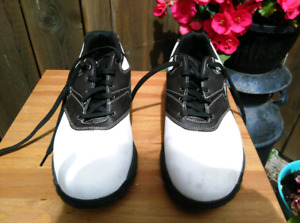 Men's Golf Shoes - extra wide size 9.5