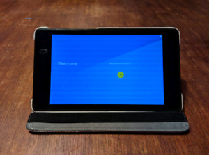Google Asus Nexus 7 2nd Gen Wifi Android Tablet with case/stand