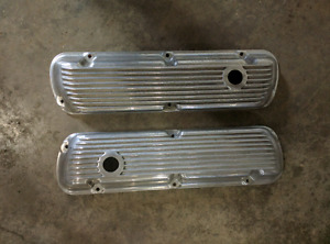 Ford 289 302 351W old school finned aluminum valve covers