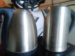 Electric kettles for sale in good condition.$10each OBO