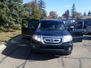 HONDA PILOT  Touring 2011 In great condition
