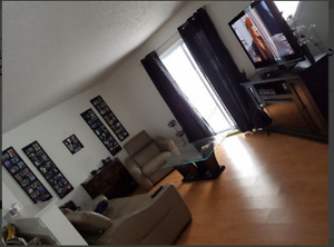Grand appartement 2 chambres à Louer