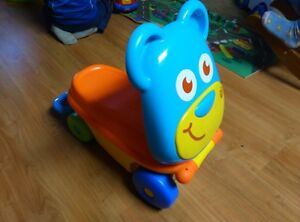 Ride-on toy / Little suitcase