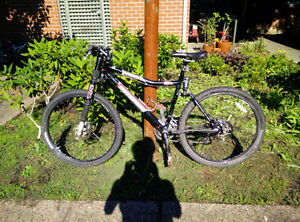 2005 Cannondale Scalpel 900 XC Race Full Suspension Bike