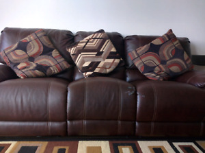 recliner 3 seater sofa with pillows