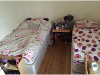 Nice twin room available now 5 mins walk to Parsons Green station