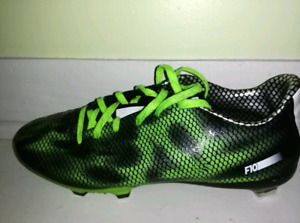 Adidas Soccer Cleats! US Size 7