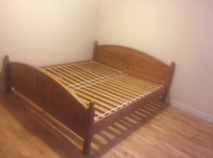 California king size wooden bed frame, excellent condition